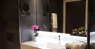 Nemea Appart Hotel Cannes Palais - Cannes - Baño