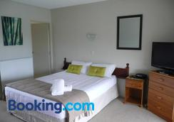 Falls Motel & Waterfront Campground - Paihia - Bedroom