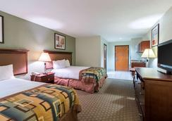 Suburban Extended Stay Hotel - Beaumont - Bedroom