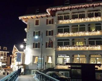 Hotel Faloria - Moena - Budova