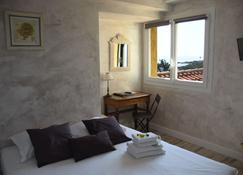 Hôtel les Calanques - Sainte-Maxime - Bedroom