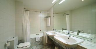Hotel De Guimarães - Guimarães - Phòng tắm