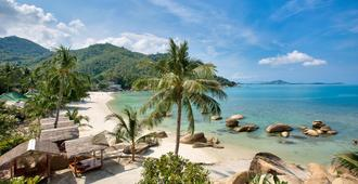 Crystal Bay Yacht Club Beach Resort - Koh Samui - Beach