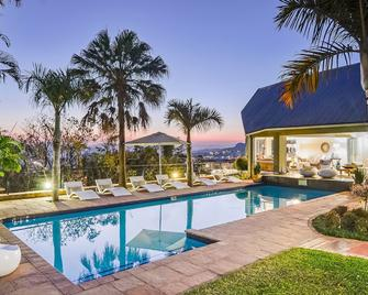 Loerie's Call Guesthouse - Mbombela - Pool
