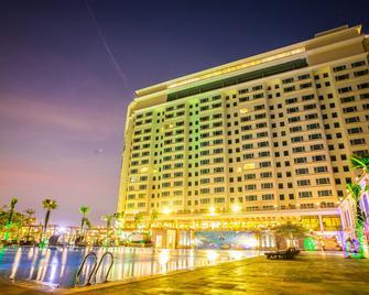 Sokha Phnom Penh Hotel - Phnom Penh - Building