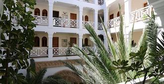 Dar L'Oussia - Essaouira - Building