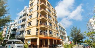 Three Inn - Hulhumale - Building