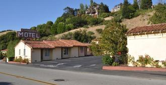 Tamalpais Motel - Mill Valley - Outdoor view