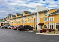 Comfort Inn and Suites Antioch - Antioch - Building