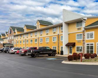 Comfort Inn & Suites - Antioch - Gebouw