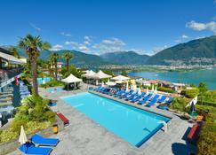 Hotel La Campagnola - Gambarogno - Pool