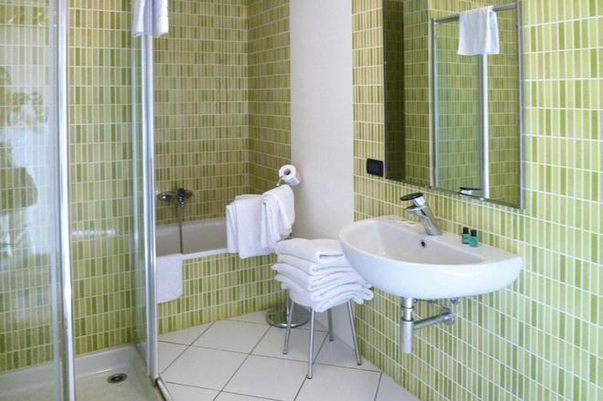 Family Beach Village Regina del Mare - Pisa - Bathroom