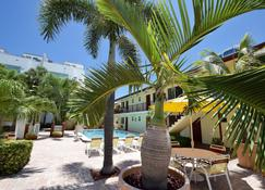 Surf Side Resort - Pompano Beach - Pool