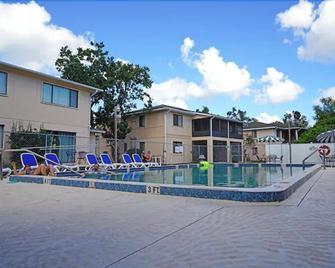 Vacation Villas - Titusville - Pool