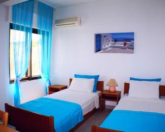 Salonikiou Beach Apartments - Salonikiou - Bedroom
