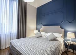 هوتل إل سولي - امبولي - غرفة نوم