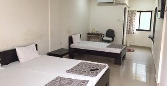 Vrp Guest House - Bhuj