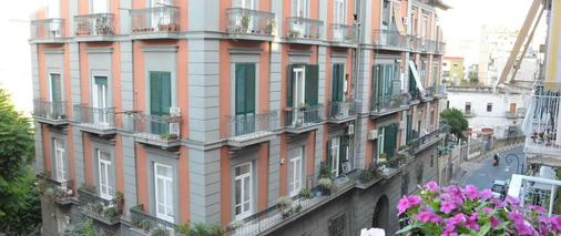 Welcome - Naples - Building