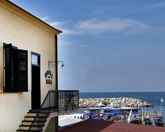 Hotel Baia di Puolo - Massa Lubrense - Buiten zicht