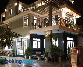 Ngoc Lang Hotel - Kê Gà - Building