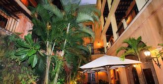 Boutique Hotel Palacio - Santo Domingo - Outdoor view