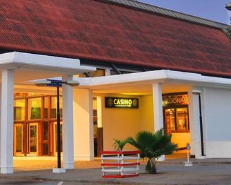 Golden Tulip Accra - Accra - Building