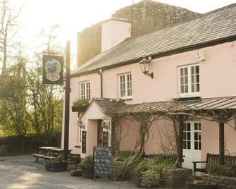 The Castle Inn - Okehampton - Building