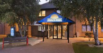 Days Inn by Wyndham Chester East - Chester