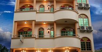 洛納酒店 - 哈休瑪萊 - 胡魯馬累 - 建築
