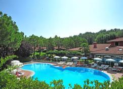Park Residence Il Gabbiano - Moniga del Garda - Pool