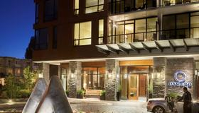 The Oswego Hotel - Victoria - Building