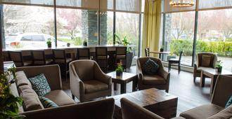 The Oswego Hotel - Victoria - Lounge