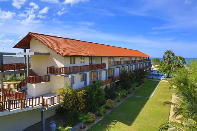 Marina Beach Passikudah - Kalkudah - Building