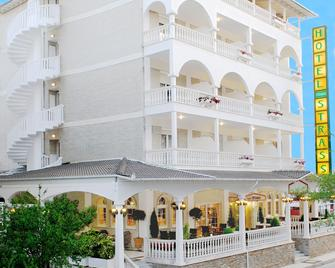 Hotel Strass - Paralia - Budova