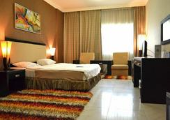 OYO 122 Crystal Plaza Hotel - Sharjah - Bedroom