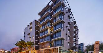 Altera Hotel and Residence by At Mind - Pattaya - Rakennus