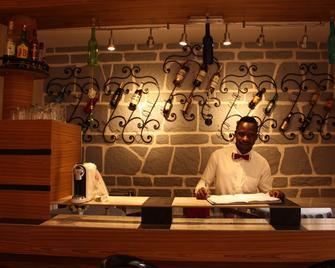 Indra Hotel - Yaoundé