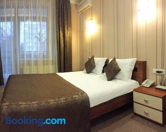 Komilfo Hotel - Chisinau - Bedroom
