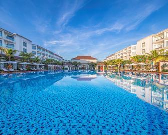 Vinpearl Resort & Spa Hoi An - Hoi An - Pool