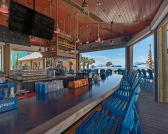 Baymont by Wyndham Panama City Beach - Panama City Beach - Bar