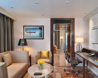 Country Inn & Suites By Radisson Manipal - Udupi - Living room