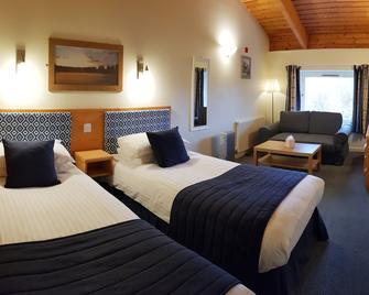 The Dorset Golf Hotel - Wareham - Bedroom
