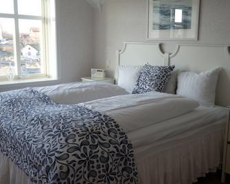 Lotshotellet - Käringön - Bedroom