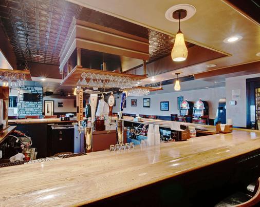 Quality Inn - Beckley - Bar