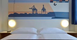 B&B Hotel Hamburg-Altona - Hamburg - Schlafzimmer
