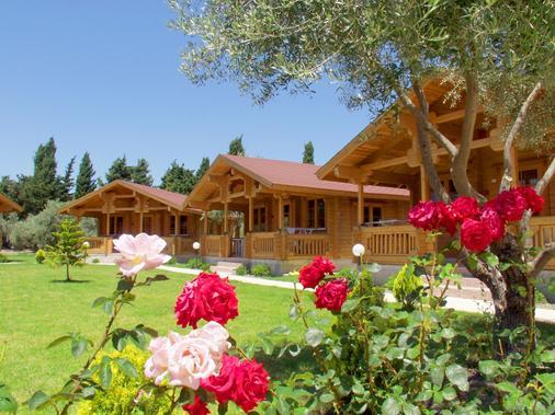 Sandy's Studios Apartments & Log Villas - Thị trấn Kos Town