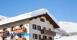 Hotel San Rocco - Livigno - Building