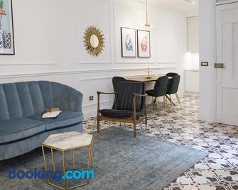 Casa Timoteo - Алькой - Living room