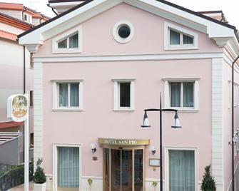 Hotel San Pio - San Giovanni Rotondo - Building