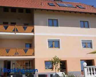 Privatzimmer Mitterbacher - Fohnsdorf - Gebouw